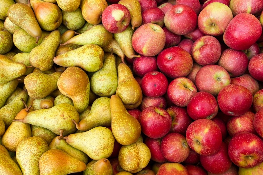 Fruit and Veg Apples and Pears shutterstock_219503161