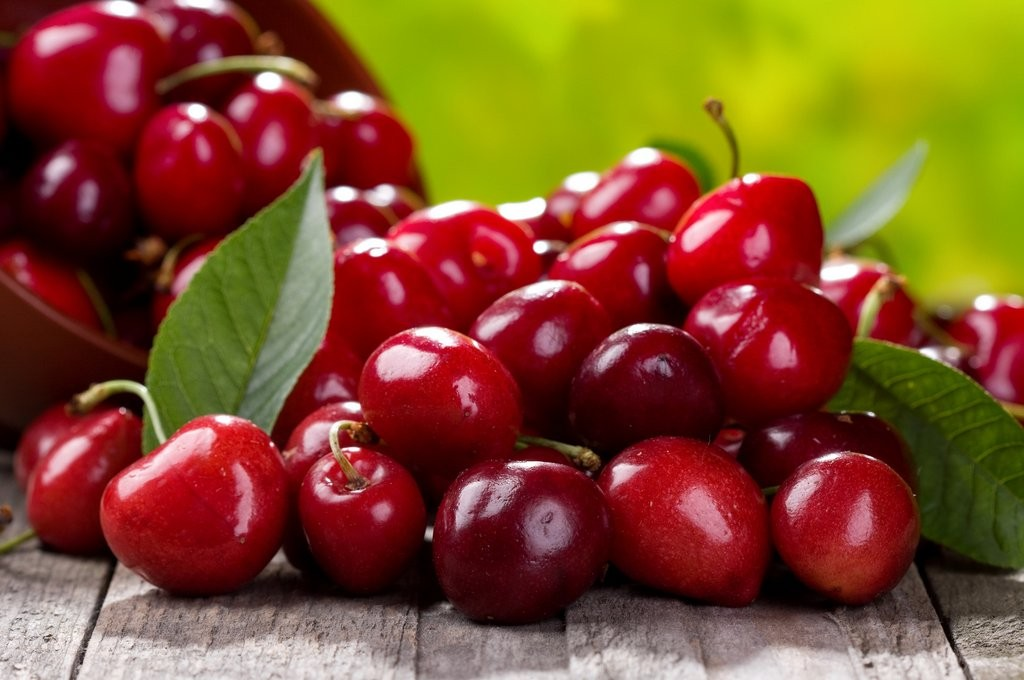 Fruit and Veg cherries shutterstock_104805530