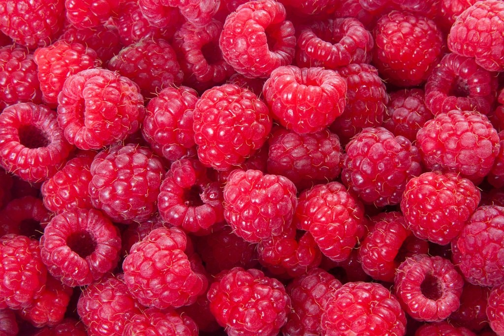 Fruit and Veg raspberry shutterstock_75343429